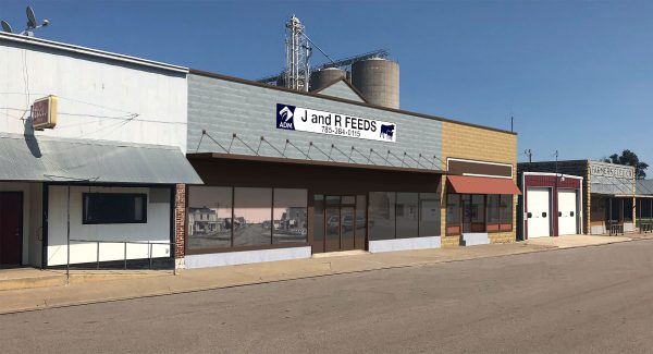 J&R Feeds was one of eight summerprojects that were part of the Downtown Design Assistance Program. The goal of the program is to work with property owners and develop plans to improve their exterior and/or interior spaces.The proposed improvements for the J&R Feeds building are shown below.